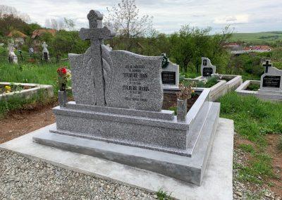 pietre-monumente-funerare-cluj-01