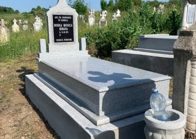 pietre-monumente-funerare-cluj-03